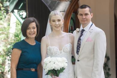 Stunning newlyweds with Lorraine