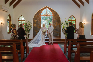 Small but perfectly formed elopement at Coolibah Downs Estate